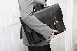 Чоловічі шкіряні портфелі.
