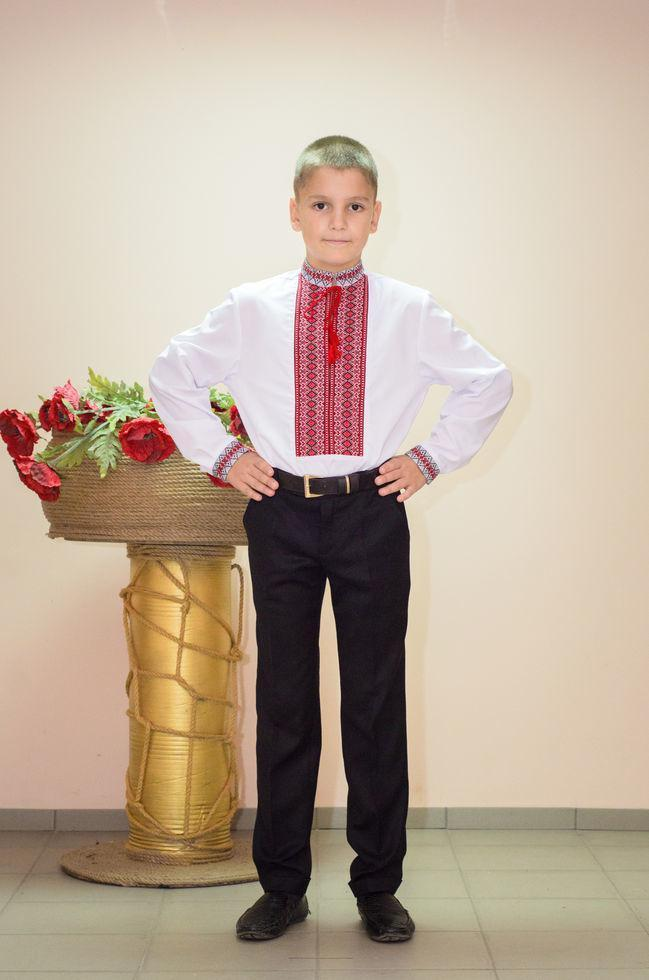 Вишиванка підліткова Волинські візерунки ткана червона 152 р. біла