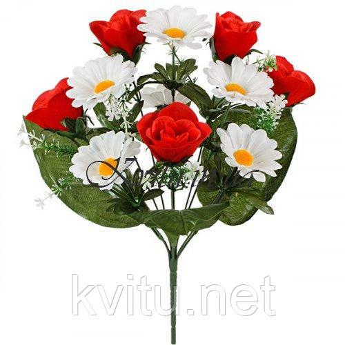 Искусственные цветы букет бархатных бутонов роз с ромашкой, 37см