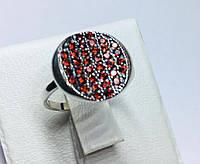 Серебряное круглое кольцо с россыпью красных камней Делюкс