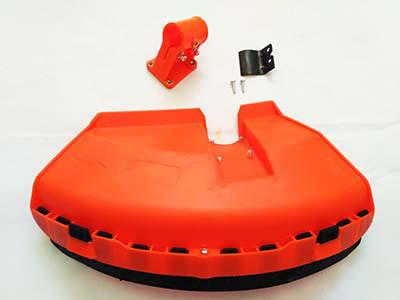 Защитный кожух мотокосы в сборе (под диаметр трубы 26 мм)