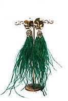 Яркие нарядные вечерние серьги из перьев зелёного цвета