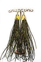 Яркие нарядные вечерние серьги из перьев зеленые с золотом