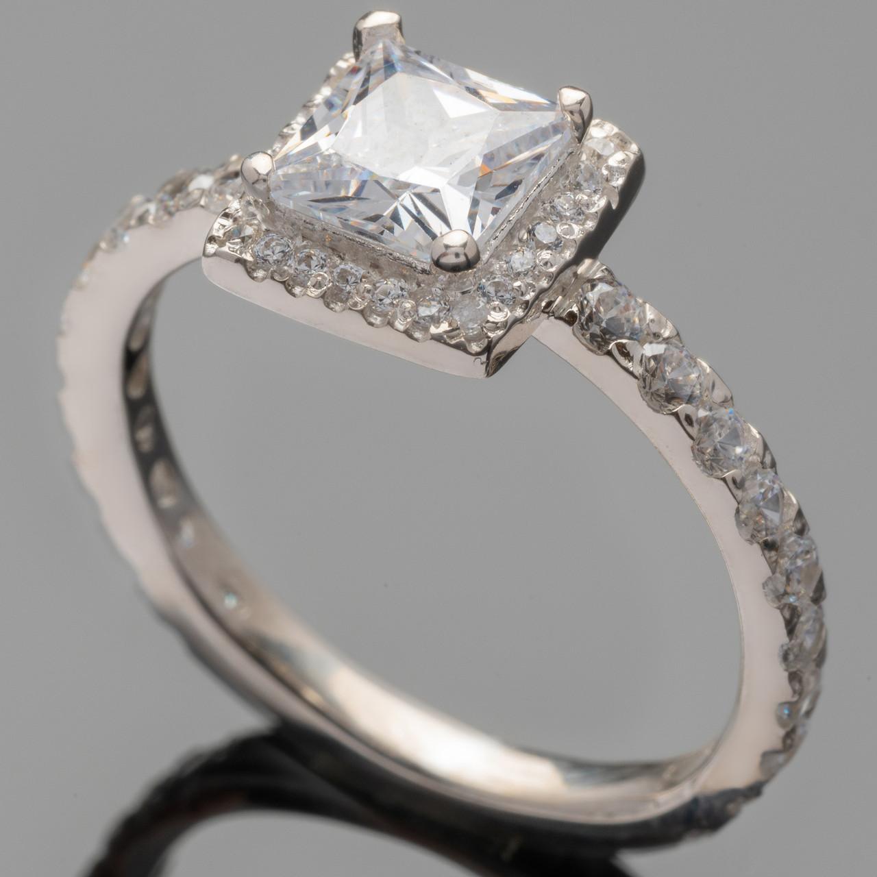 Серебряное кольцо 925 пробы с фианитами арт. 414к