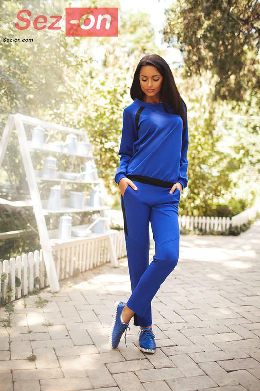 Костюм спортивний жіночий з чорними вставками ― Синій