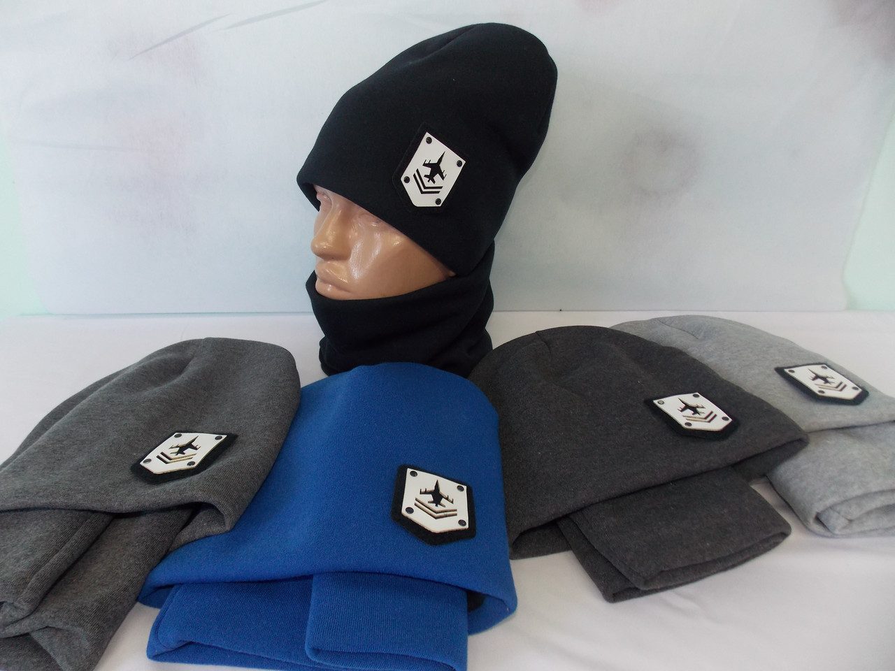 "Шапка и шарф, баф на мальчика зимняя, тёплая на Флисе, модный принт ""САМОЛЁТ"", размер 52-54."