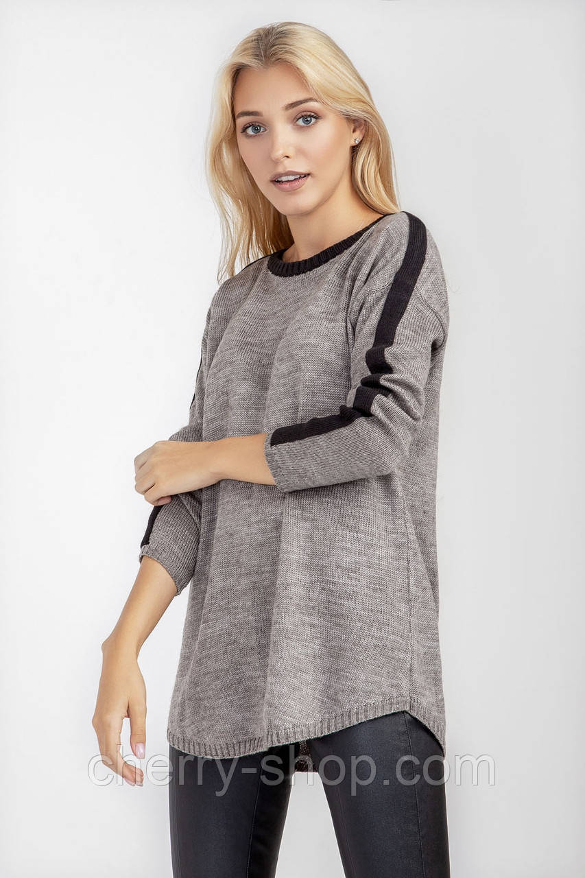 Повседневная женская кофточка-туника светло серого цвета