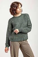 Обьемный теплый женский свитер изумрудного цвета