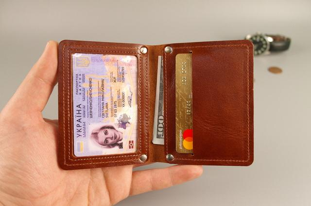 Обложки на ID-карты и пластиковые права