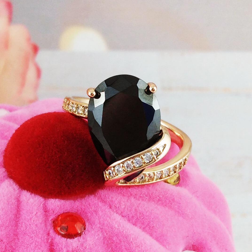 """Кольцо перстень Xuping Jewelry размер 20 """"Ивона"""" черный камень медицинское золото позолота 18К. А/В 4350"""