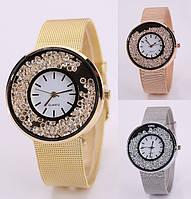 Женские оригинальные наручные часы браслет с камнями