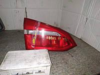 №402 Б/у фонарь задний лівий F1EB-13A603-BA для Ford Focus 2011-2014