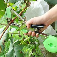 Степлер для підв'язки винограду (тапенер) TITAN 2 зелений, фото 5