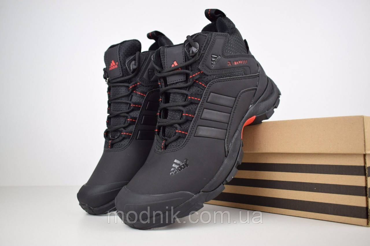 Мужские зимние кроссовки Adidas Climaproof (черно-красные)