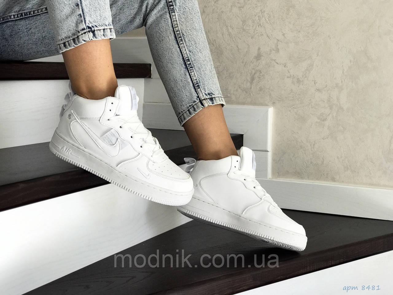 Женские кроссовки Nike Air Force (белые) ЗИМА