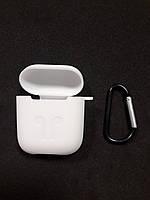 Чехол для наушников case Apple Airpods белый
