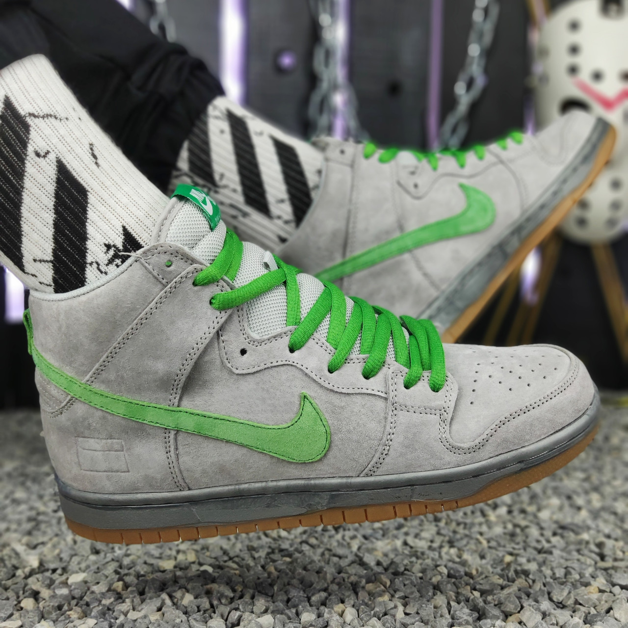 Кроссовки мужские Nike SB серные-зеленые шнурки (Top replic)
