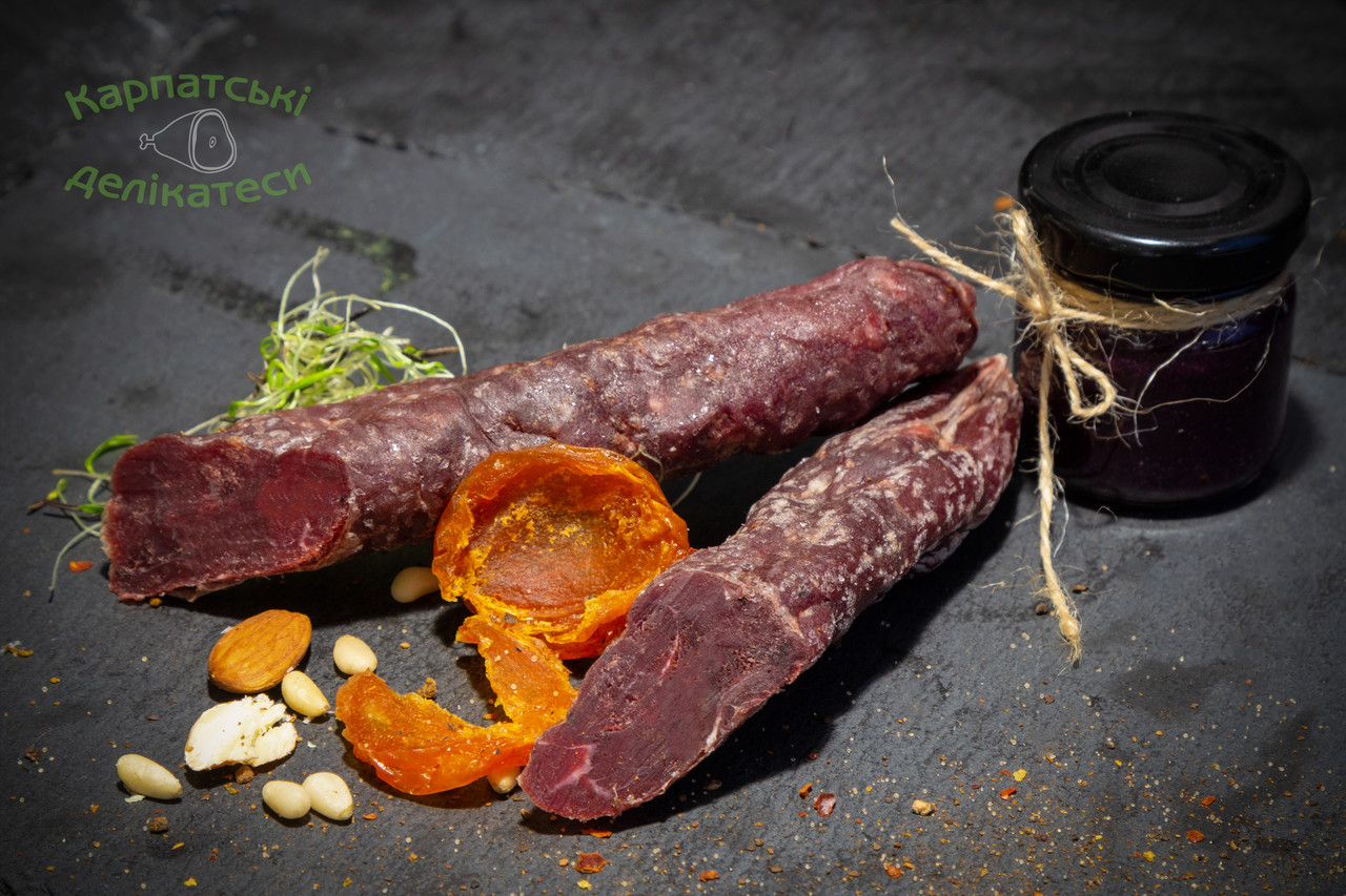 Ковбаса з оленя