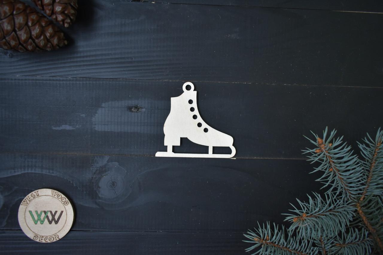 Санки из фанеры на ёлку, новогодний декор, ЭКО игрушки на ёлку, ёлочные украшения из дерева.