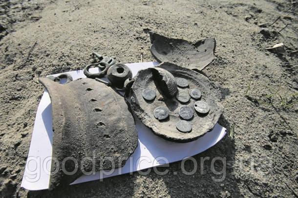 В Киеве нашли клад со старинными монетами