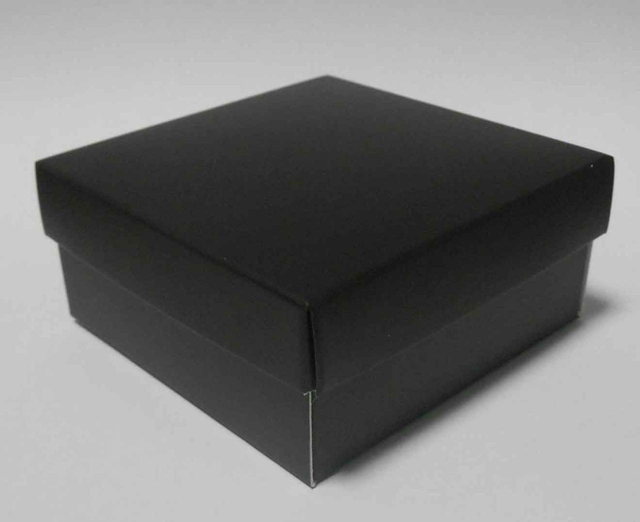 Коробка чорна 7Х7Х3