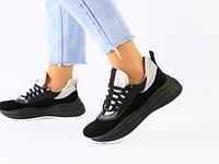 Женские кроссовки замшевые на массивной черной подошве черно-серые