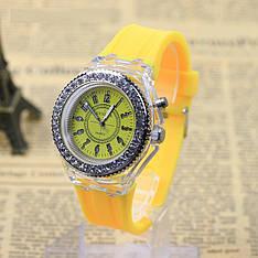 """Женские наручные часы """"Geneva"""" с подсветкой (желтый)"""