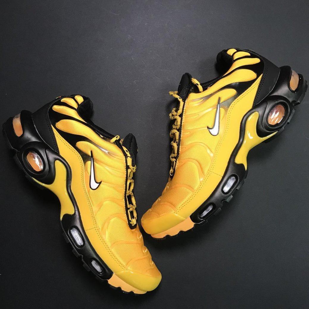 Кроссовки мужские Nike Air Max TN желтые-черные (Top replic)