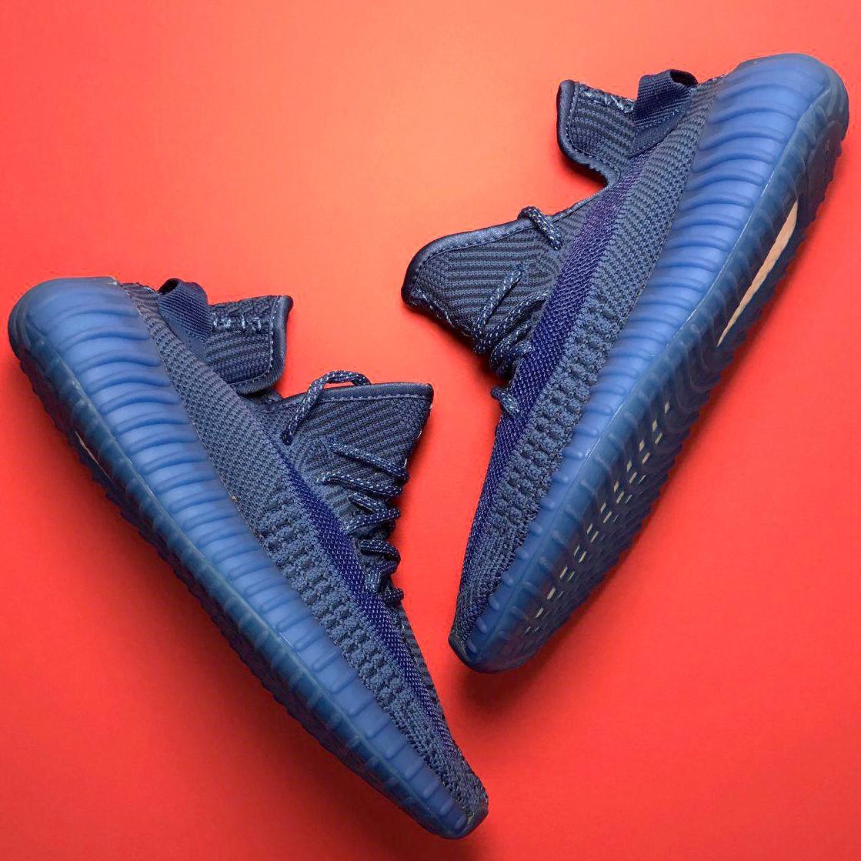 Кроссовки мужские Adidas Yeezy Boost 350 синие (Top replic)