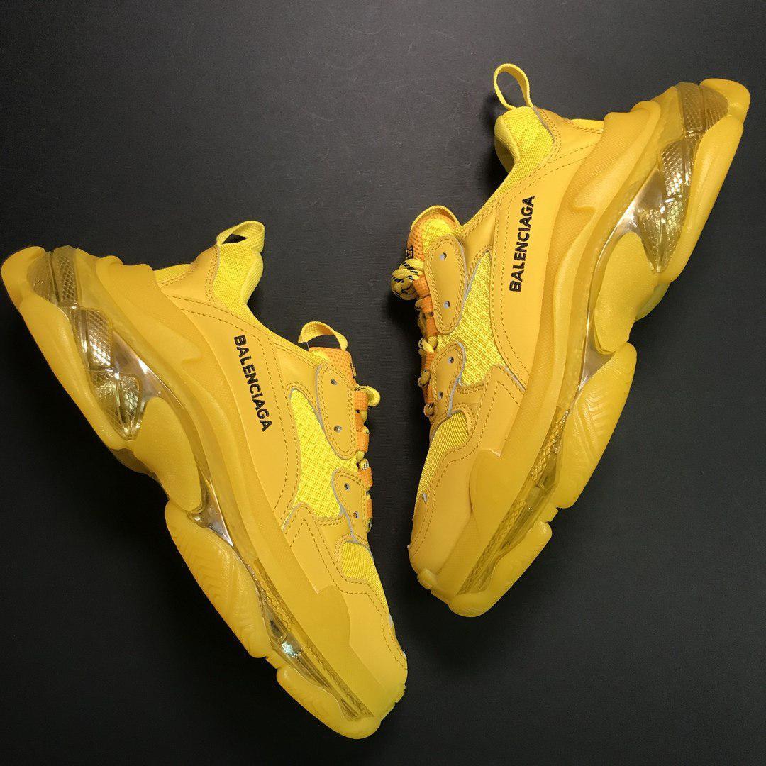 Кроссовки мужские Balenciaga Triple S желтые (Top replic)