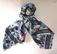 Резинка для волос платок атласная с узорами голубая