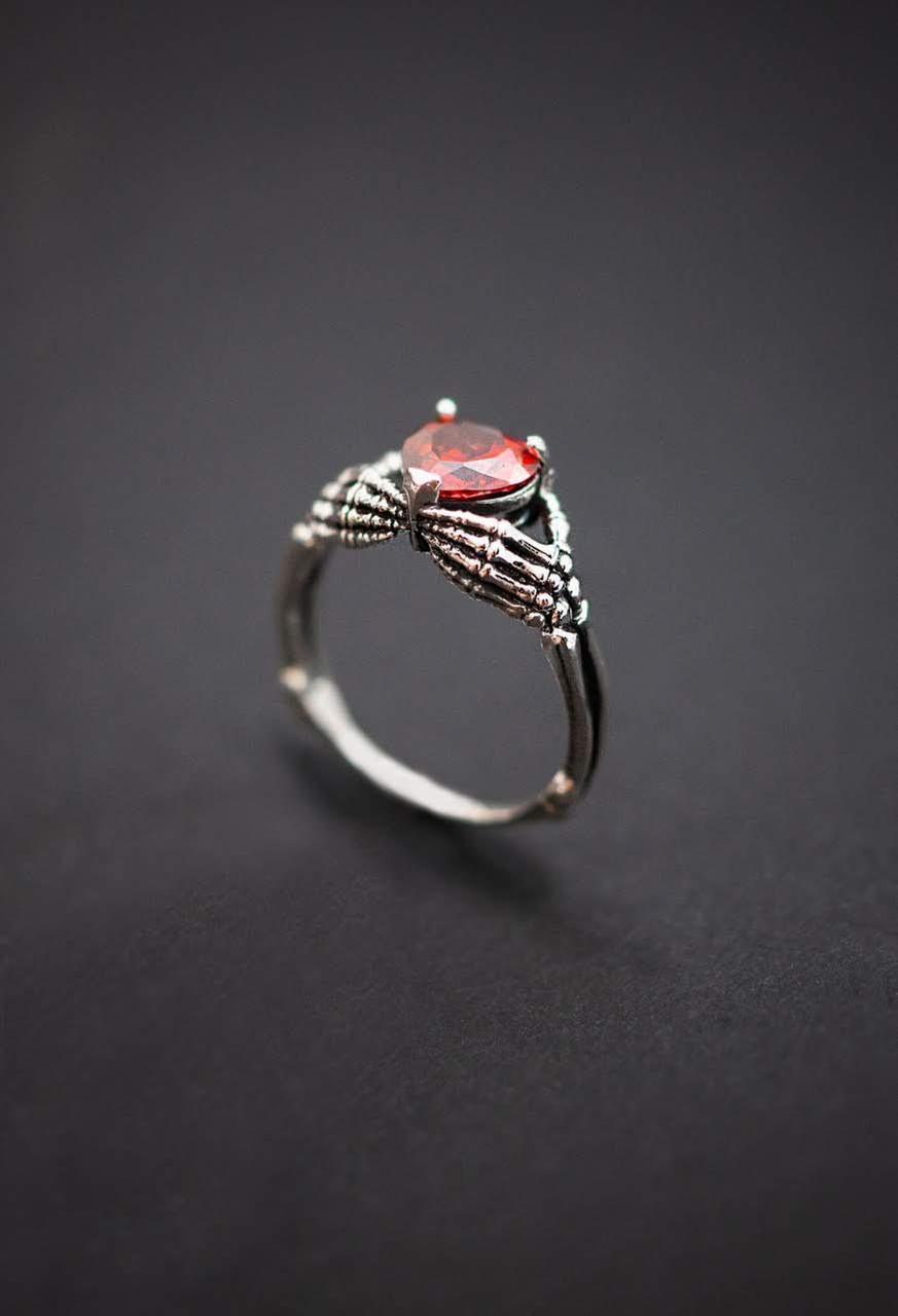 Авторское женское кольцо из серебра Череп КЦ-02 Б