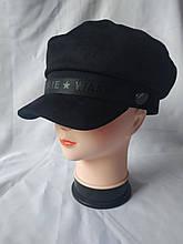 Классическая черная замшевая кепка для женщин