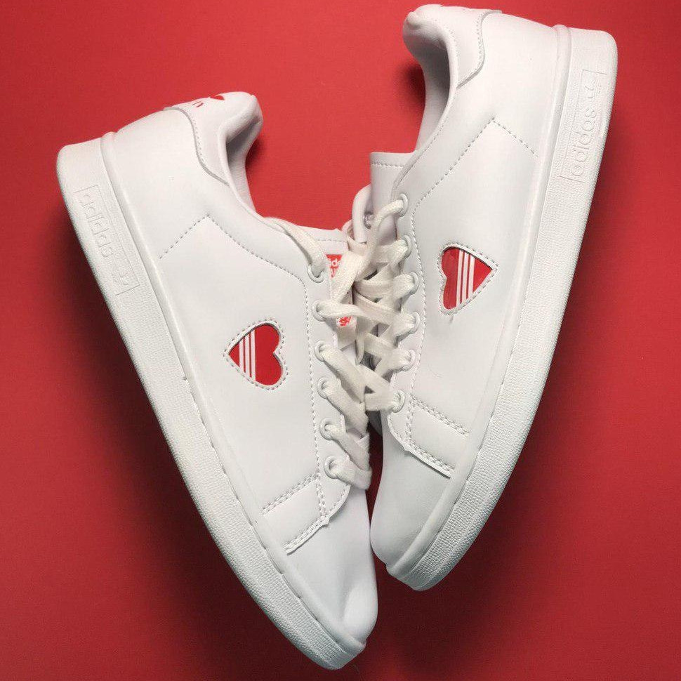 Кроссовки женские Adidas Stan Smith Heart (сердечко) белые (Top replic)