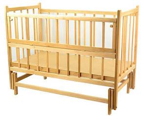 Кроватка-качалка деревянная с откидным бортиком на шарнирах №8 - Ольха (43536)
