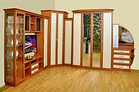 Стенка с подъемной шкаф-кроватью  с зеркалами с художественным моделированием.