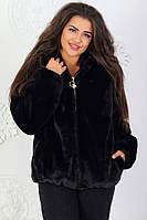 Женский стильный полушубок с капюшоном черного цвета батал