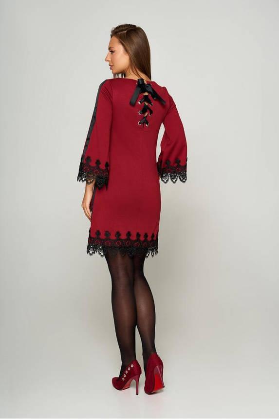 Нарядное платье трапеция короткое с кружевом бордовое, фото 2