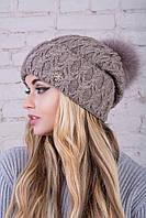 Женская шапка c бубоном