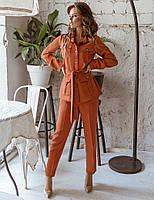 Модный женский брючный костюм
