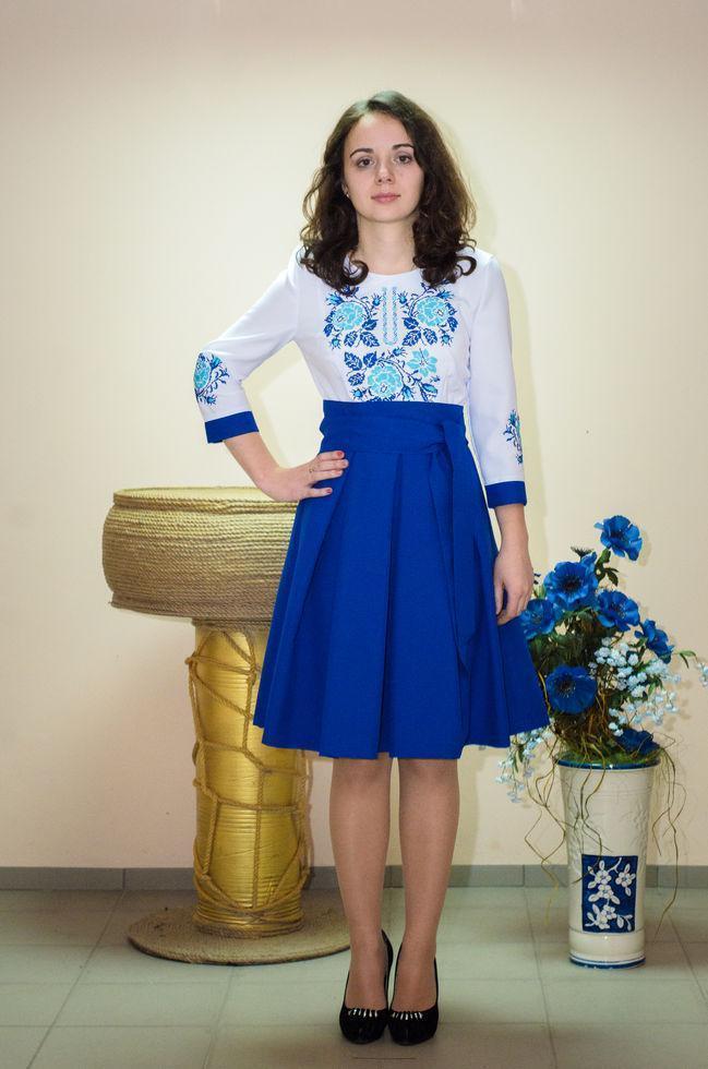 Вышитое  платье Волинські візерунки женское комбинированное 44 р. сине-белое