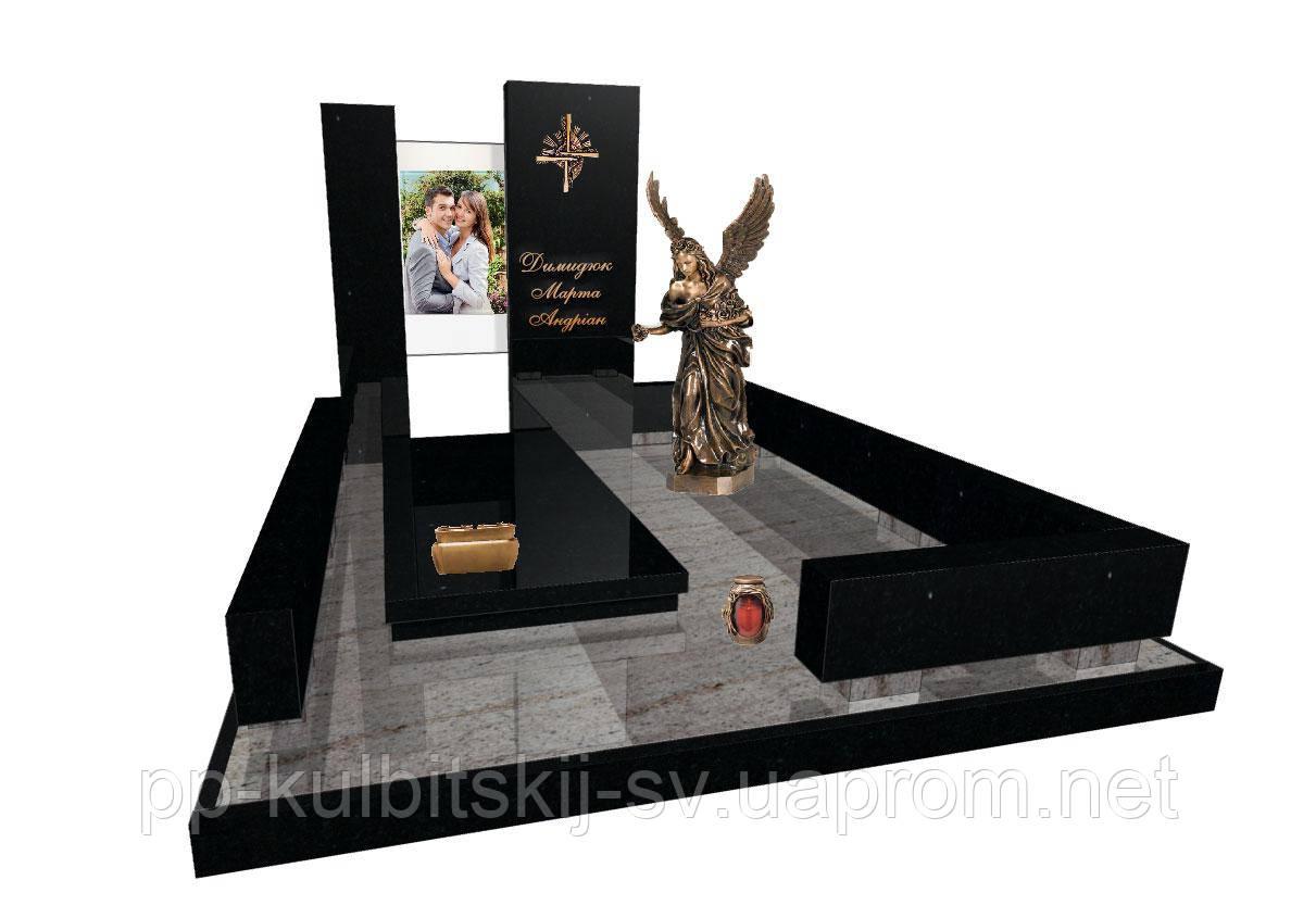 Ексклюзивний пам'ятник на могилу із граніту і бронзовою скульптурою і фотошкло Е8020/s