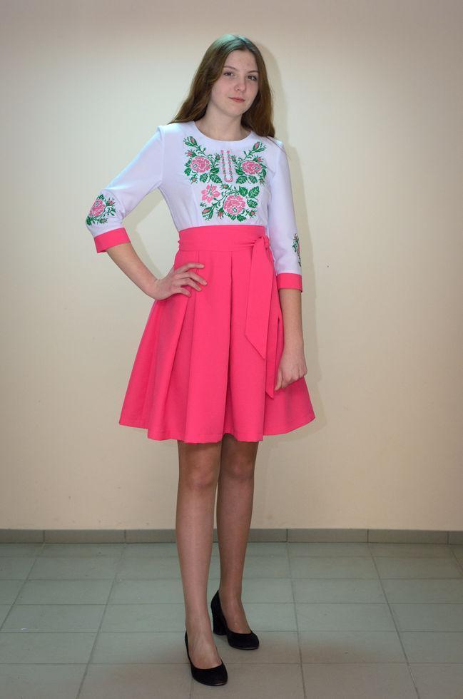 Вишите жіноче плаття Волинські візерунки комбіноване 46р.біло - рожеве