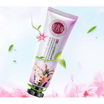 Серия кремов для рук Bioaqua Plant Extracts Moiturising the Skin на основе цветочных экстрактов, фото 2