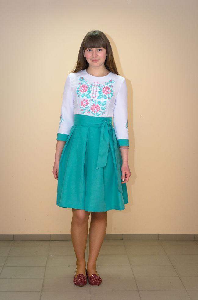 Платье-вышиванка  Волинські візерунки комбинированное 46р.  мятно-белое