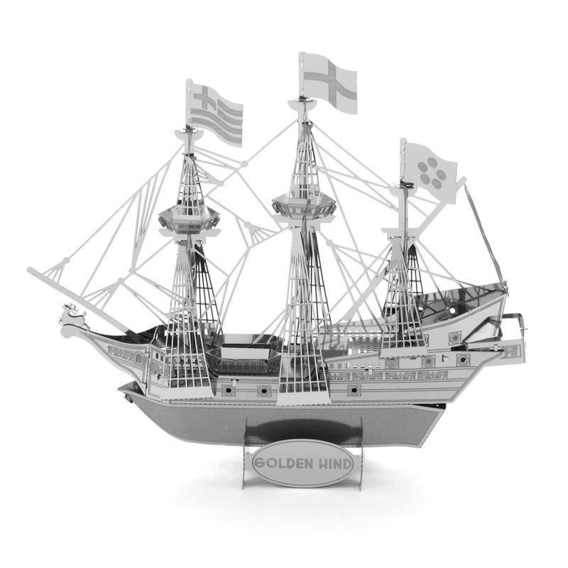 Металлический 3D конструктор Призрачный Корабль Golden Wind