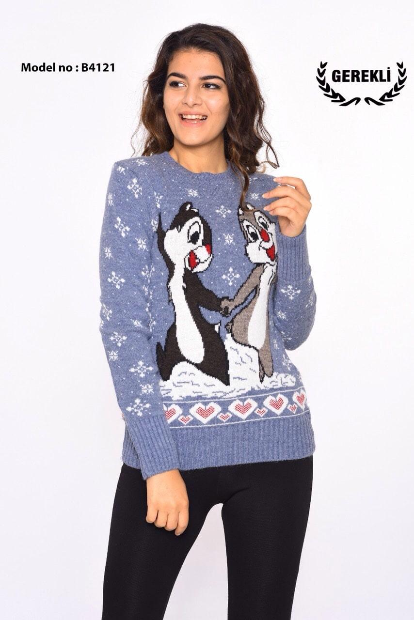 Теплый свитер с бурундуками Турция