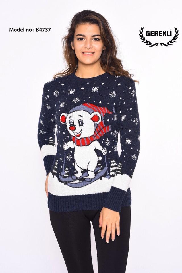 фото свитер новогодний
