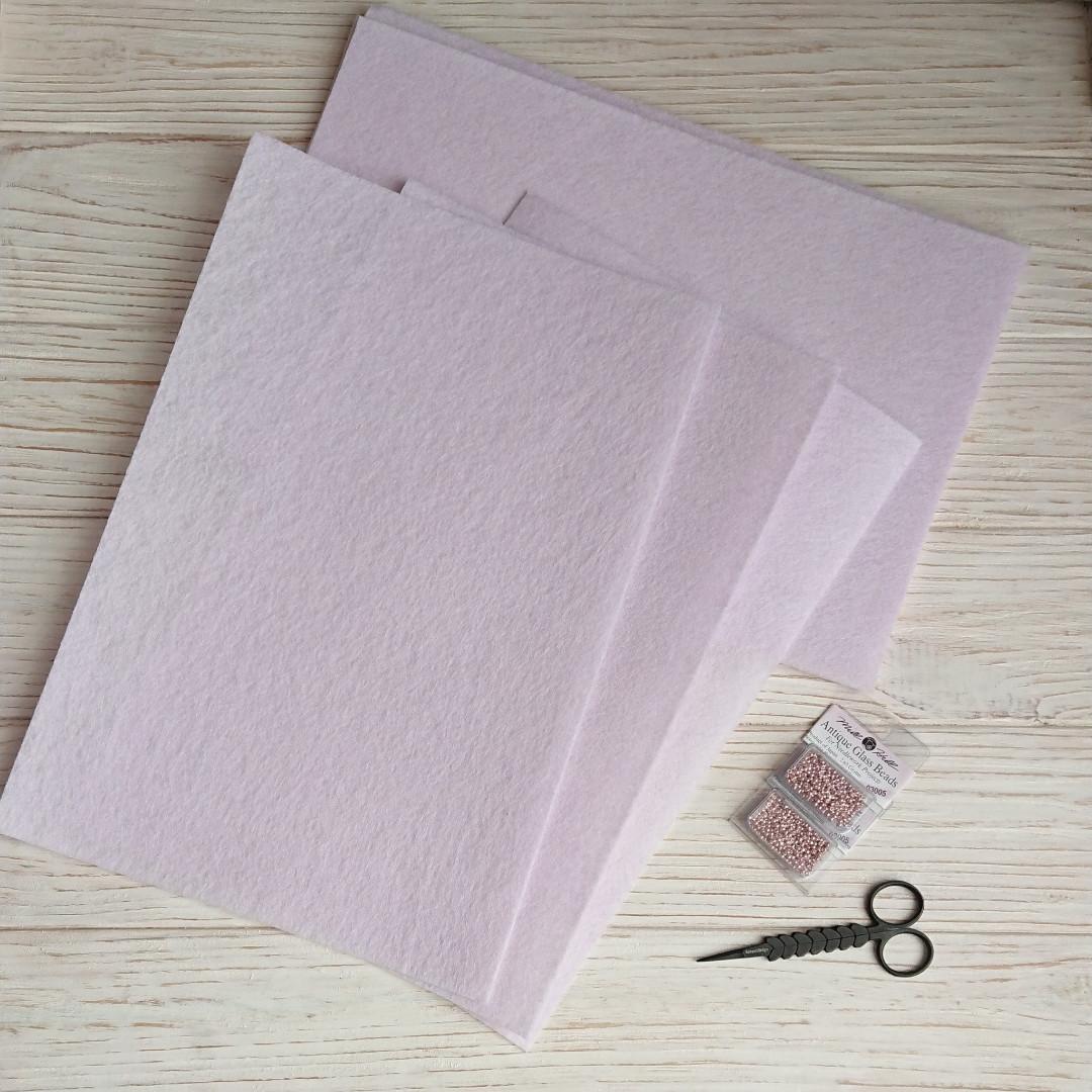 Фетр жесткий 1 мм, Royal Тайвань молочно-розовый 20*30 см