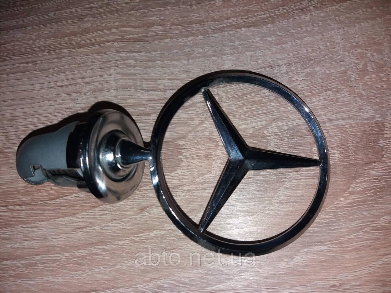 Знак на капот (прицел) Mercedes Benz W124
